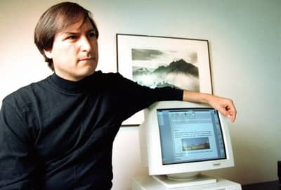 1 May 1993 - Steve Jobs with an Intel PC running NeXTstep
