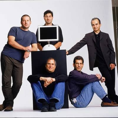 2002 - Steve Jobs poses with iMac G4 and Apple's top execs: Jony Ive, Avie Tevanian, Jon Rubinstein and Sina Tamaddon
